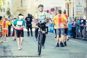 4-Benjamin-nach-der-Zieleinfahrt-des-Marathonrennens
